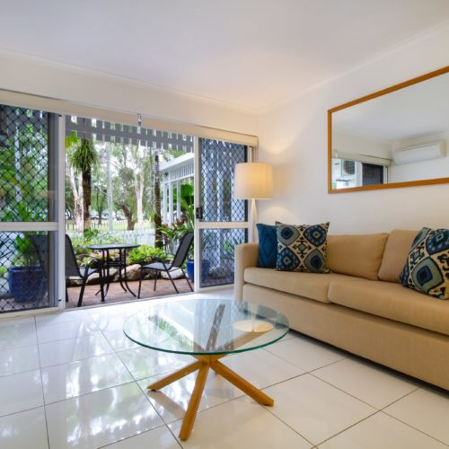 downstairs-apartment-whitehouse-port-douglas-1