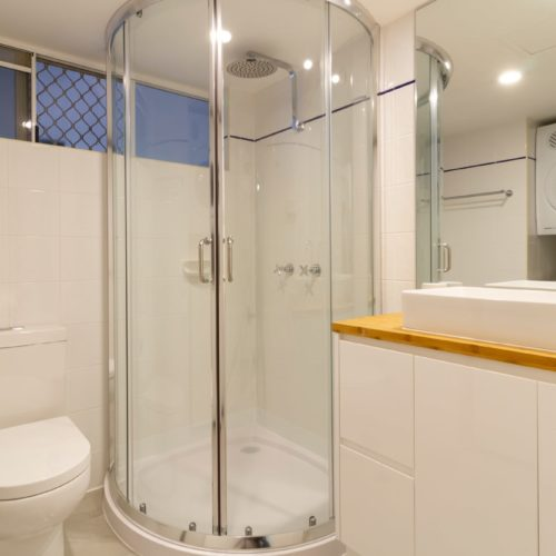 downstairs-apartment-whitehouse-port-douglas-12