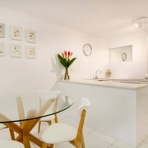 downstairs-apartment-whitehouse-port-douglas-7